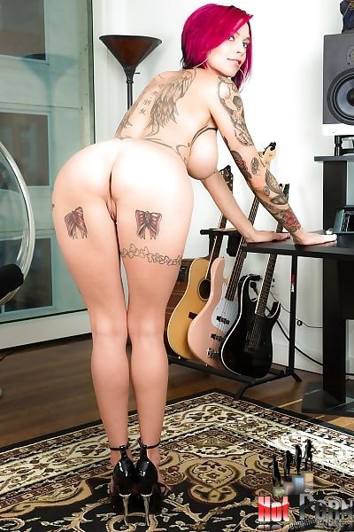 anna-bell-nude-1
